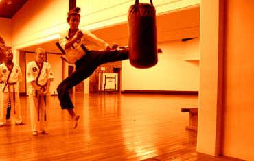 6. Kickboxing